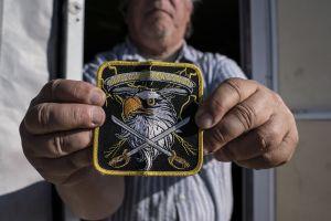 Un paramilitar que cazaba migrantes reconoce ser un delincuente que tenía 9 armas de fuego