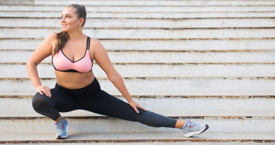 Los mejores 4 leggings moldeadores de abdomen para chicas plus size