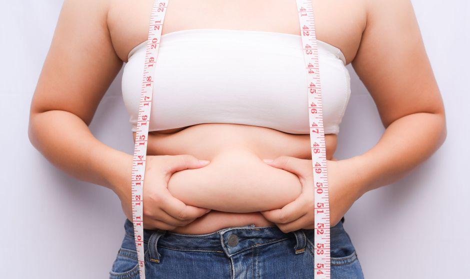 ¿Cómo se realiza la operación de tubo gástrico para bajar de peso?