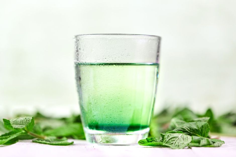Desintoxica tu organismo y prevén la inflamación con estos 3 productos de clorofila líquida