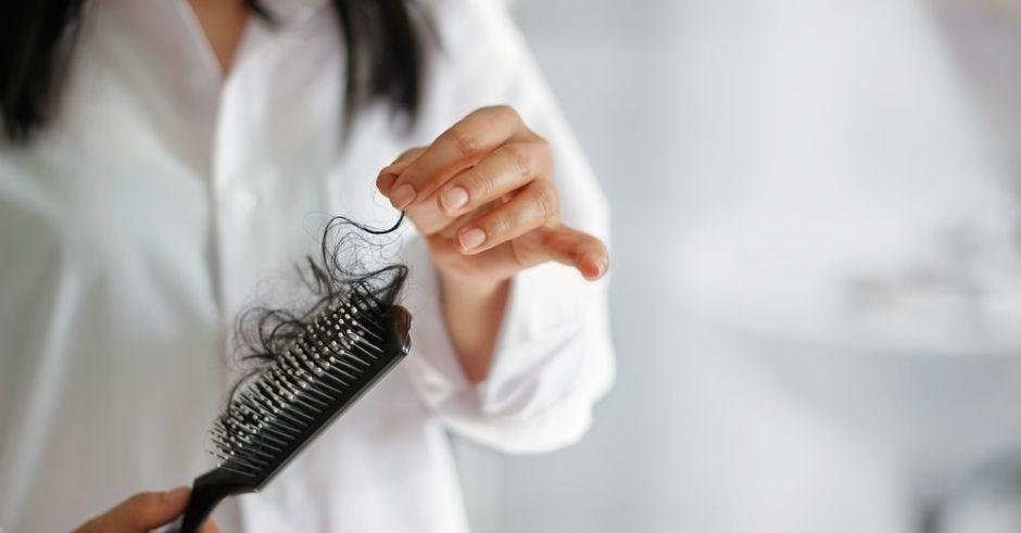 ¿Cómo prevenir la caída del cabello estacional?