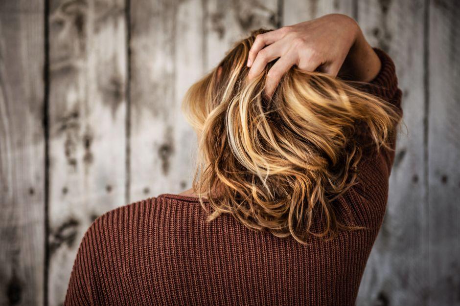 3 productos con vitamina E que reparan las puntas abiertas y le dan brillo al cabello