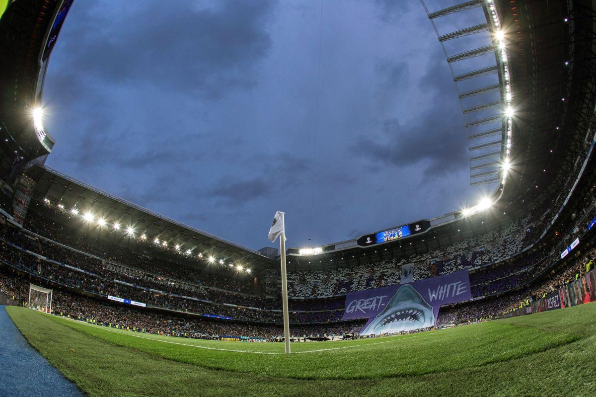 El Santiago Bernabéu se convirtió en un gran centro de aprovisionamiento de material sanitario.