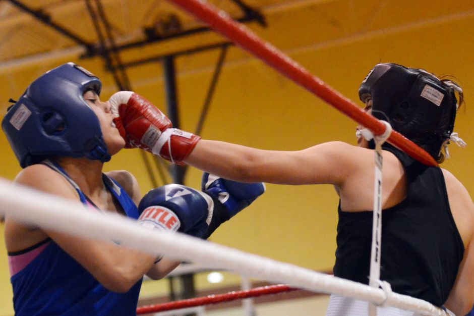 Chicago Youth Boxing Club ofrece clases de boxeo para mujeres