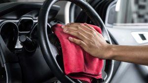 Cómo puedes matar el coronavirus en tu auto sin dañar las superficies interiores