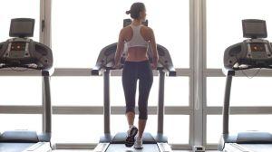 Cómo mantenerse a salvo en el gimnasio durante el brote de coronavirus