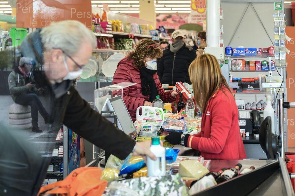 Chicago y entidades trabajan para garantizar acceso a comida y servicios durante la epidemia de coronavirus