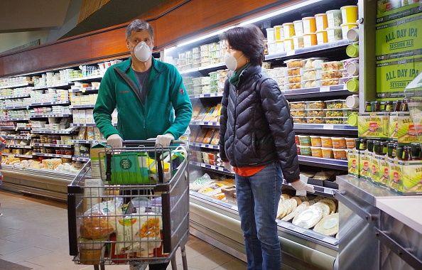 La mayoría de suspermercados está limitando la compra de algunos productos.