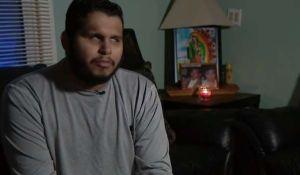 Inmigrante ciego no puede leer pregunta en inglés y USCIS le niega la ciudadanía