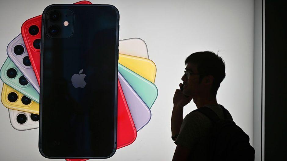 Apple repartirá $500 millones a clientes por hacer más lentos los iPhones viejos