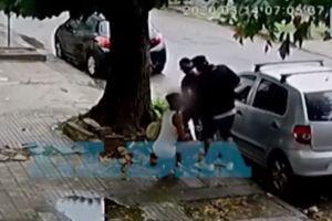 Lo asaltan mientras tenía sexo oral en plena calle
