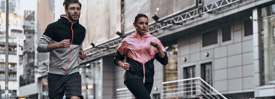 5 piezas de ropa estilo sauna para quemar más calorías en el gimnasio sin esforzarte tanto