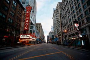 Frío y fuertes vientos azotan el área de Chicago