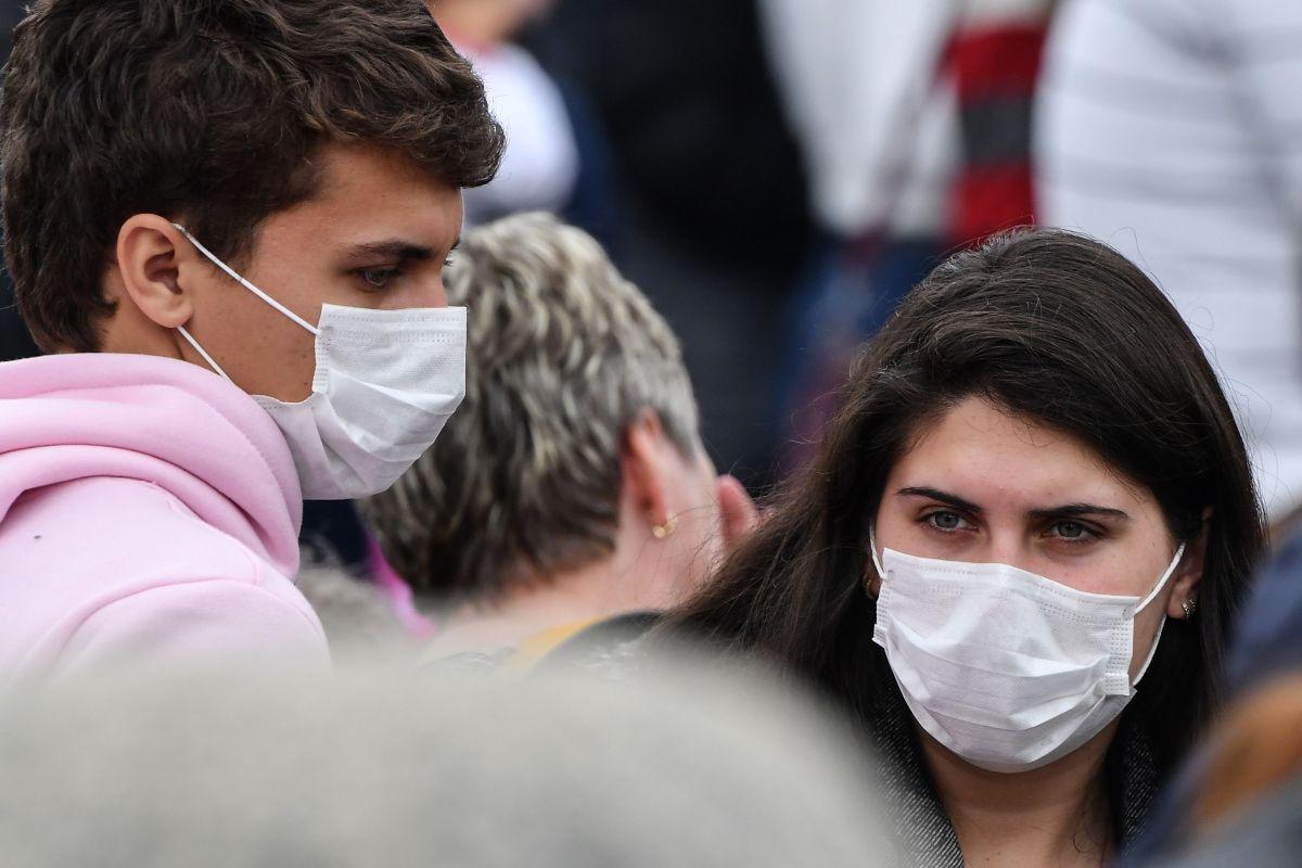 La falta de mascarillas para el personal de salud es un problema latente en Estados Unidos.