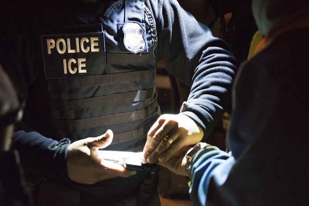 Inmigrantes hondureños detenidos en Illinois sufren noche de terror