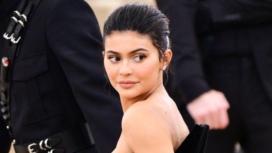 """Forbes elimina a Kylie Jenner de la lista de multimillonarios por """"inflar"""" su fortuna"""