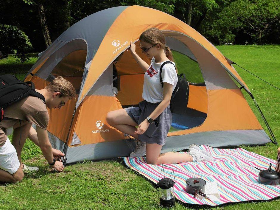 4 tiendas de acampar para usar en tu patio y disfrutar de un picnic casero
