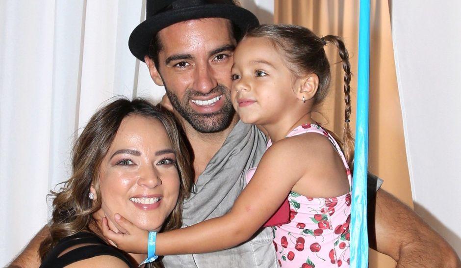 Adamari López y su hija presumen la lujosa cocina de su hogar mientras hacen palomitas caseras