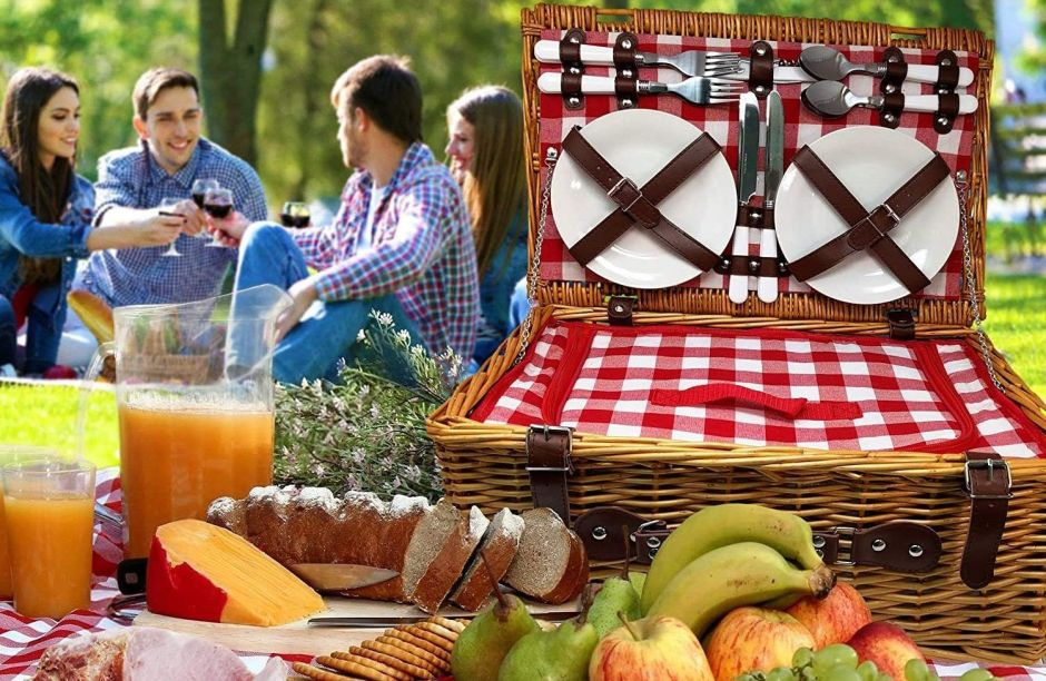 5 sets de picnic con los que puedes tener una comida diferente y especial en tu propio patio