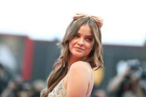 Publicación en Instagram de Victoria's Secret México de Barbara Palvin desata furia en Internet