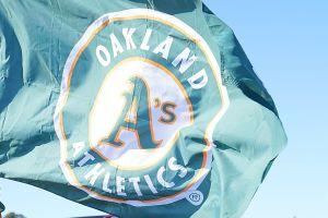 Más de 30 peloteros latinoamericanos de Ligas Menores en la incertidumbre por recorte de apoyos en los A's de Oakland