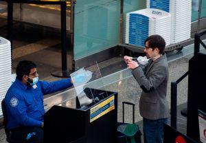 5 alertas de la TSA para viajeros a partir del Memorial Day en medio del coronavirus