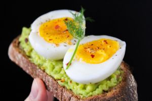 8 cosas que le suceden a tu cuerpo cuando comes huevo