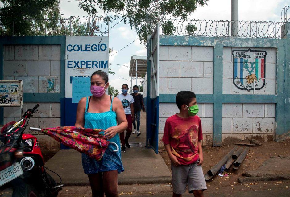 La muerte de seis maestros obligaría a detener las clases en Nicaragua