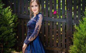 Los mejores estilos de vestidos para celebrar tu quinceañero en casa por la cuarentena