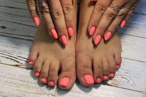 Día Nacional del Esmalte de Uñas: ¿Cómo hacerte la manicura y pedicura en casa?