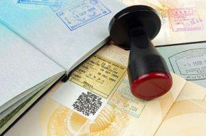 Lo que inmigrantes con permiso de trabajo pueden hacer al quedar desempleados