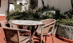 Los mejores set de muebles para aprovechar tu jardín o patio por menos de $300 en Amazon