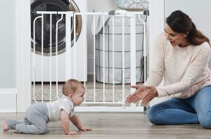 5 productos de seguridad indispensables si tienes un bebé en casa