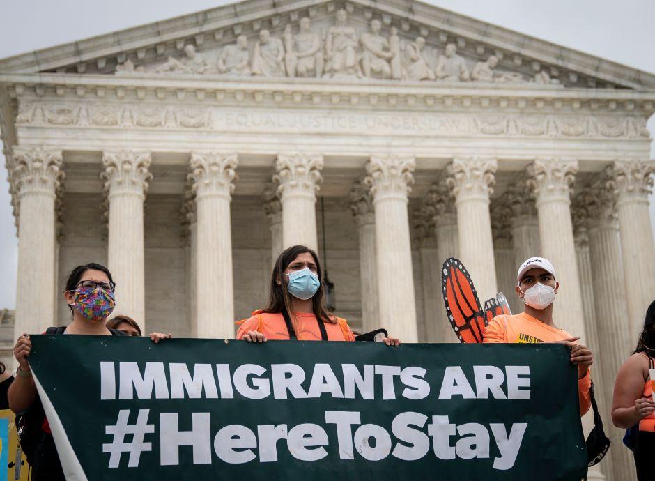 Dreamers de Chicago luchan por solución permanente a su condición migratoria
