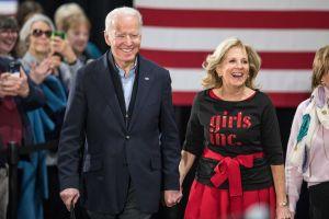 Primera dama Jill Biden visita colegio comunitario Sauk Valley en Dixon, en Illinois