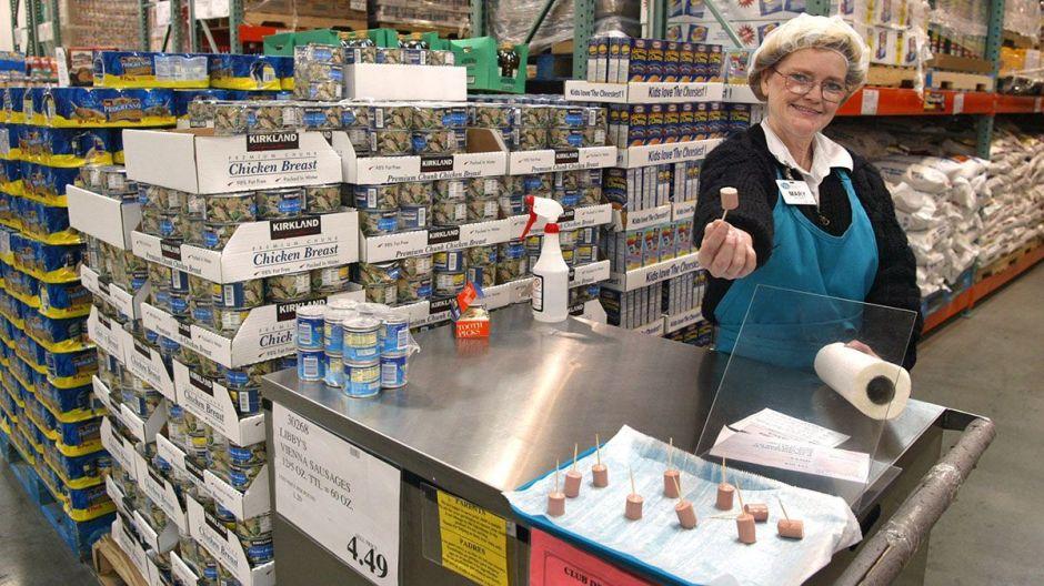 Costco hace cambios en la forma de dar sus muestras gratis de comida