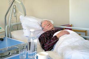 Para usar en un hospital: Las mejores pijamas de hombre y mujer