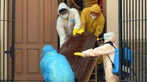 Qué está pasando en Bolivia, la policía recogió 420 cadáveres en casas y calles en cinco días