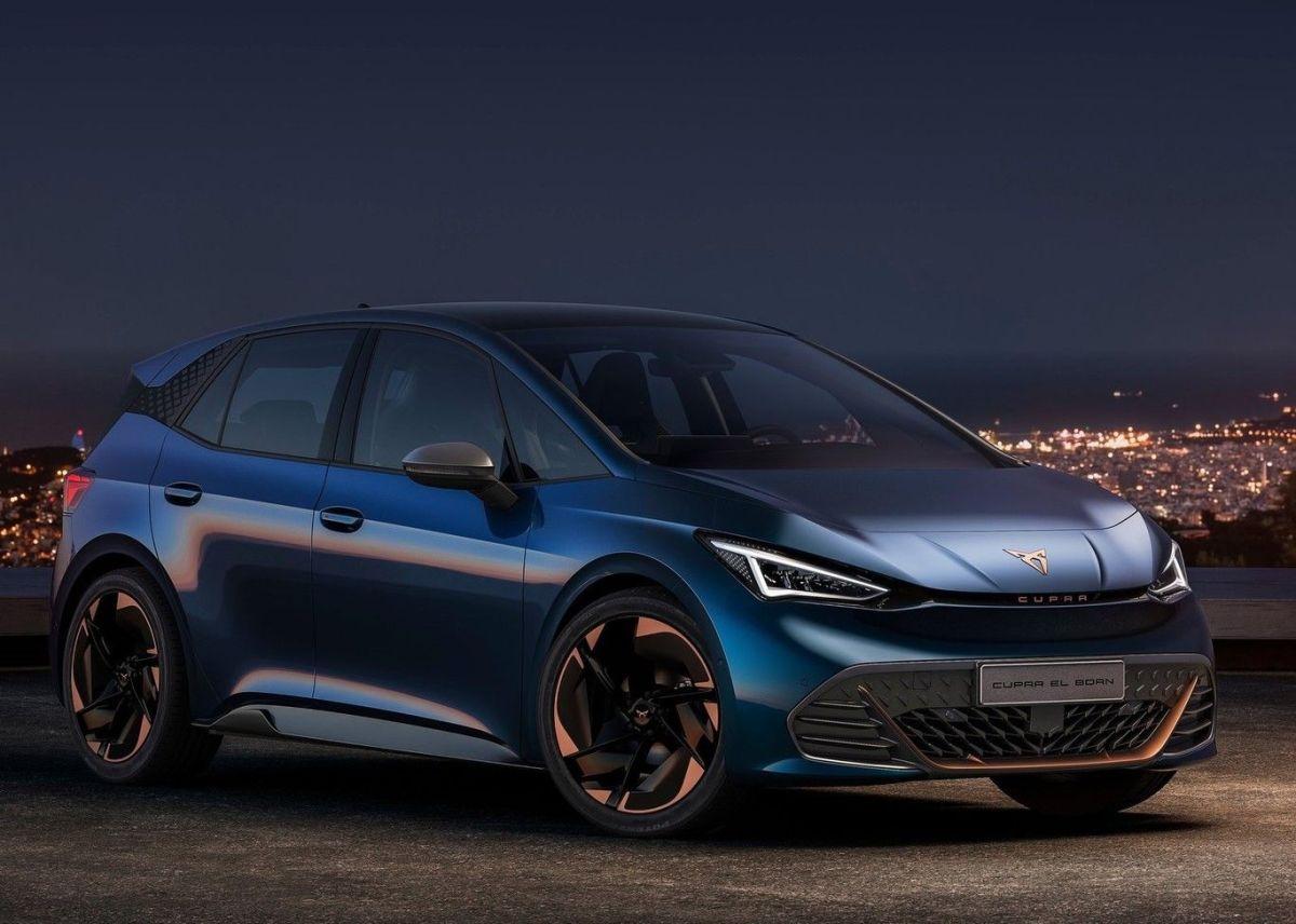 Este es el Cupra El-Born, el primer auto eléctrico de la firma con 500 km de autonomía