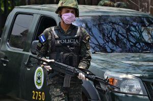 Policía detiene a más de 36,000 hondureños por incumplir toque de queda