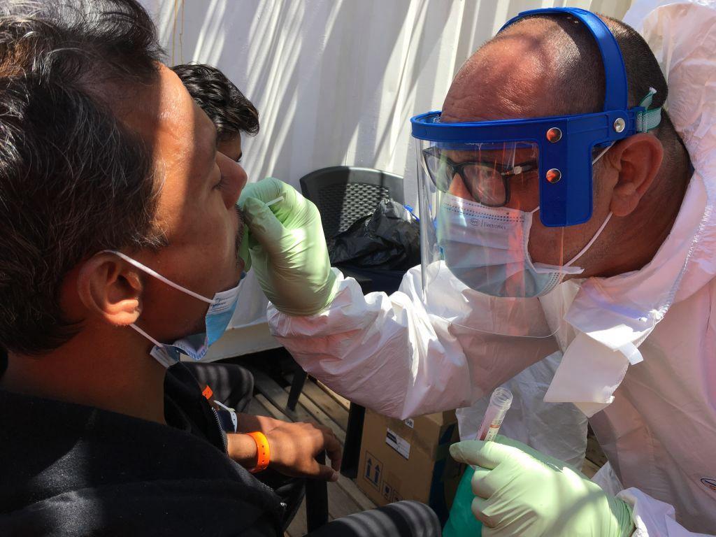 Análisis de aguas residuales aumenta el misterio sobre origen del coronavirus