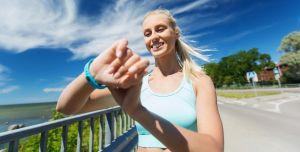 5 relojes deportivos a prueba de agua que puedes llevar a tus excursiones de verano