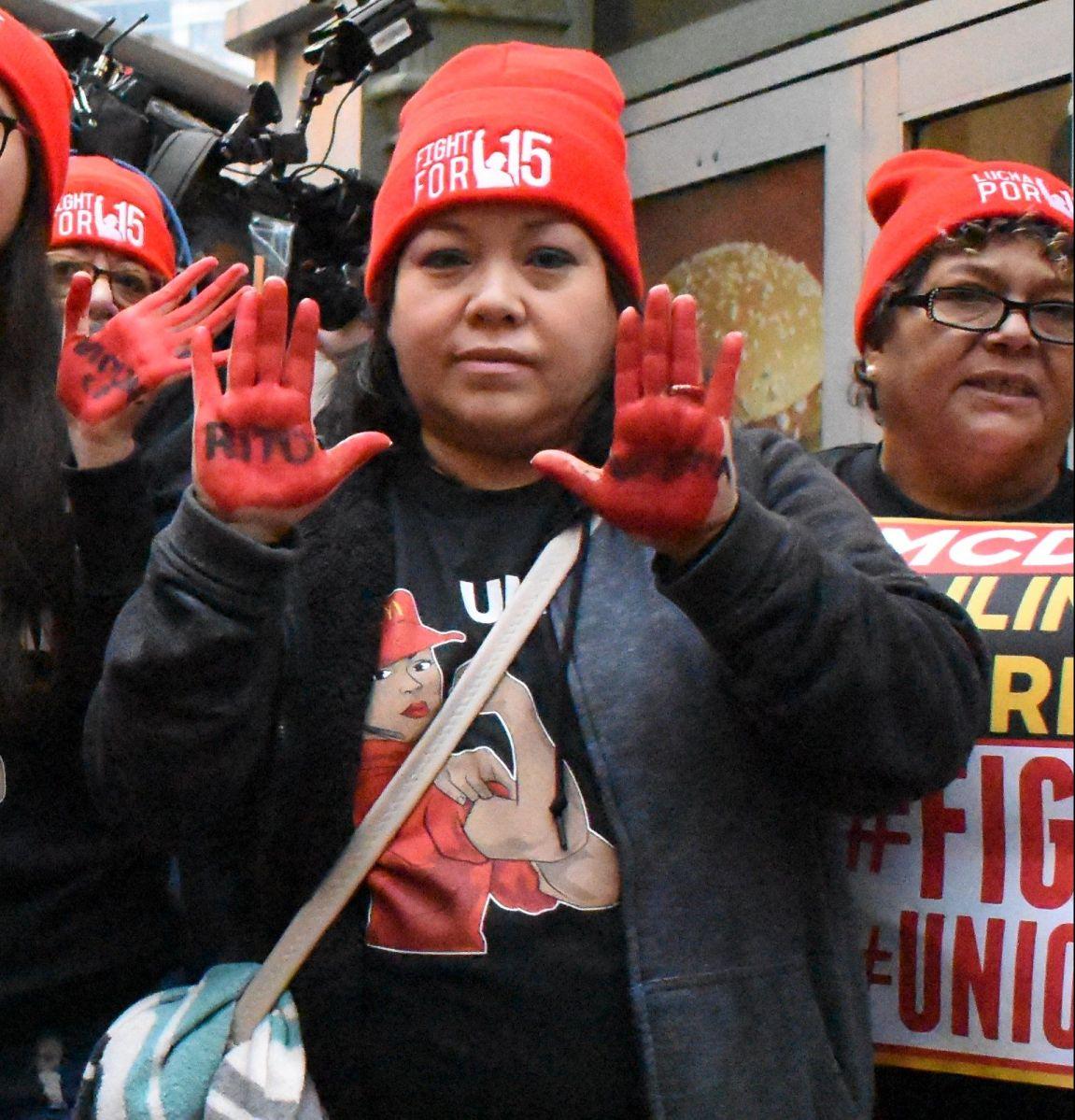 El salario mínimo aumenta a $14 la hora Chicago