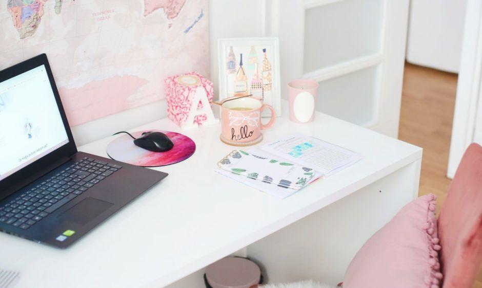¿Sigues trabajando desde casa? Conoce estos accesorios de tecnología para crear el mejor espacio de trabajo