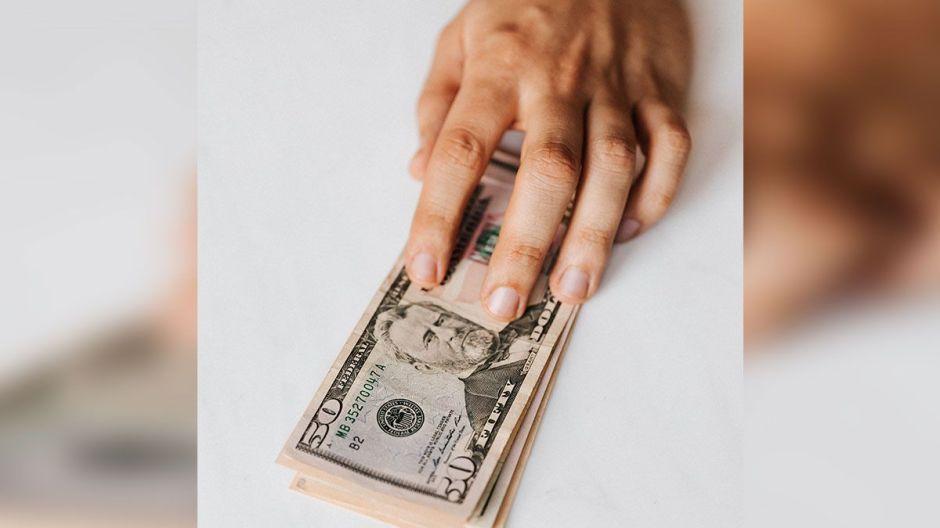 Texas pagó $32 millones de dólares en exceso en beneficios de desempleo… y quiere el dinero de vuelta