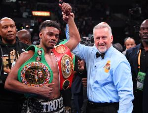Errol Spence reaparecería contra Danny García tras terrible accidente automovilístico