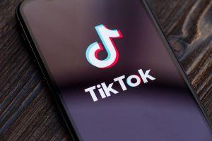 ¿Tu hijo publicó esta frase en TikTok? Ten cuidado pues este es su peligroso significado