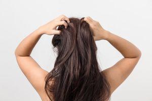 Vinagre para el cabello y otros trucos para lucir una bella melena