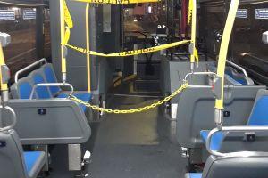 Escándalo en MTA por video de fiesta salvaje sin mascarillas a bordo de un bus en Queens