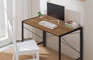 5 escritorios de tamaño compacto para casas con poco espacio